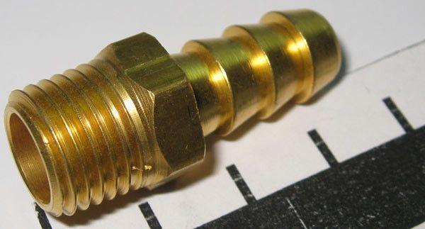 Коннектор топливный топливного бака ( елочка )
