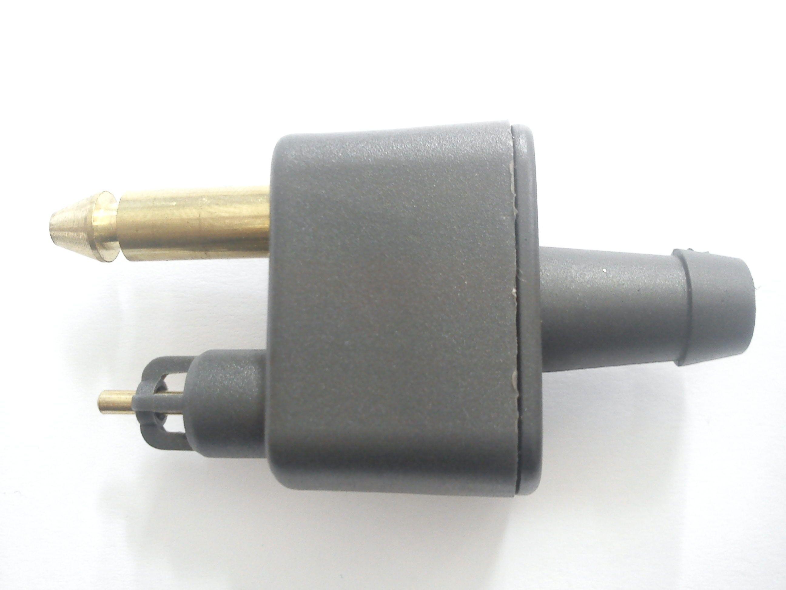 Коннектор топливный  лодочного мотора ( папа )